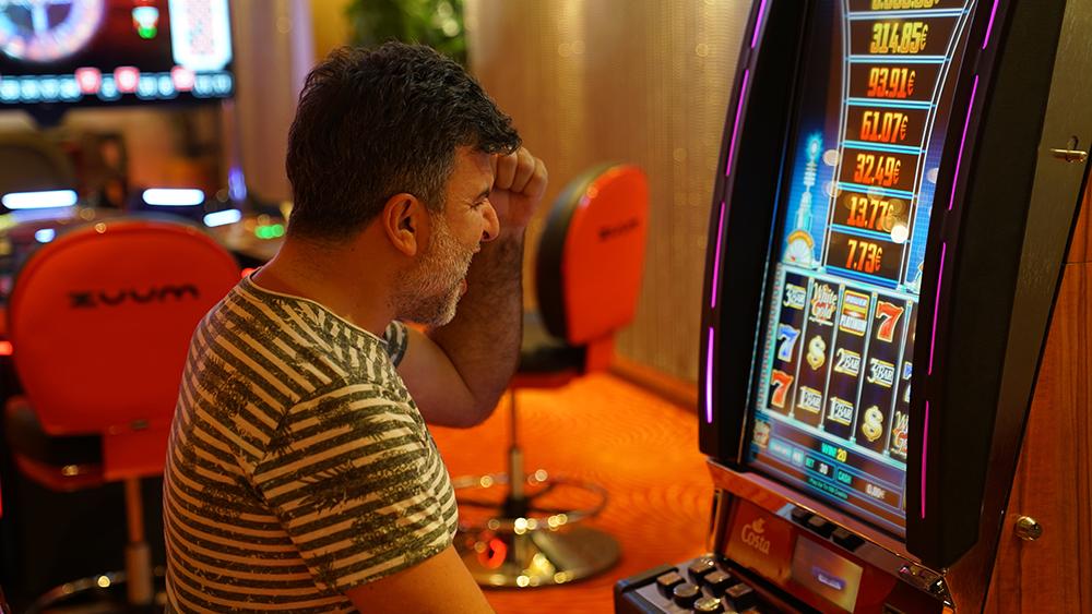 играть в автоматы на телефоне онлайн